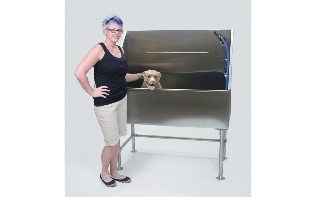 Direct Animal photo: Our economy dog wash tubs include many of Direct's high-end features you'll enjoy for years.