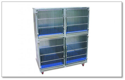 Direct Animal image: Our unique, hand welded dog grooming cage construction adds strength and protection against warping, gapping, and loose or misaligned doors.